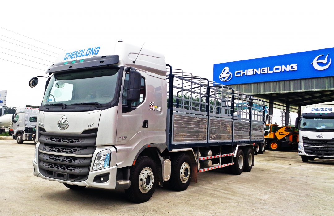 Xe Tai Thung Chenglong H7 8x4 330hp 2