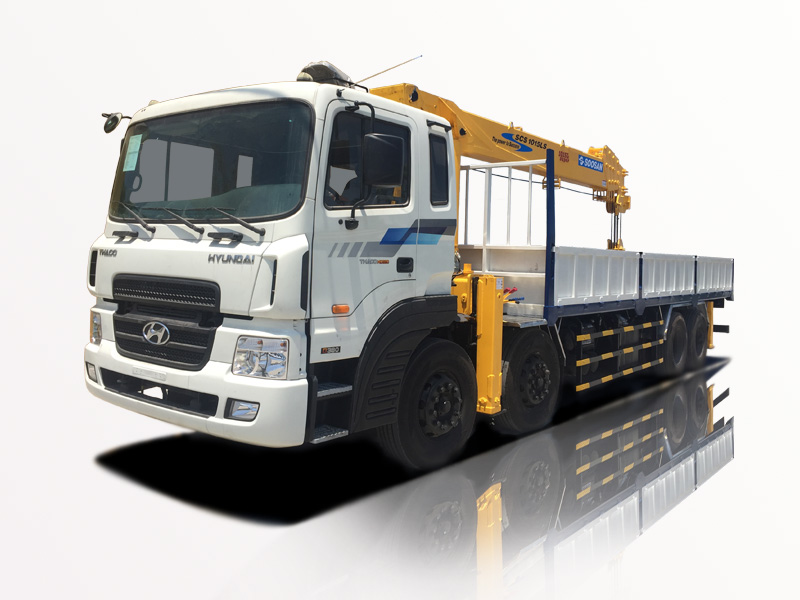 Xe tải chenglong gắn cẩu