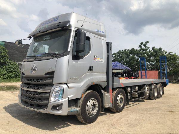 Xe Chenglong Nâng đầu Chở Máy Công Trình Sàn 9m 10x4 H7 5 Chân 555