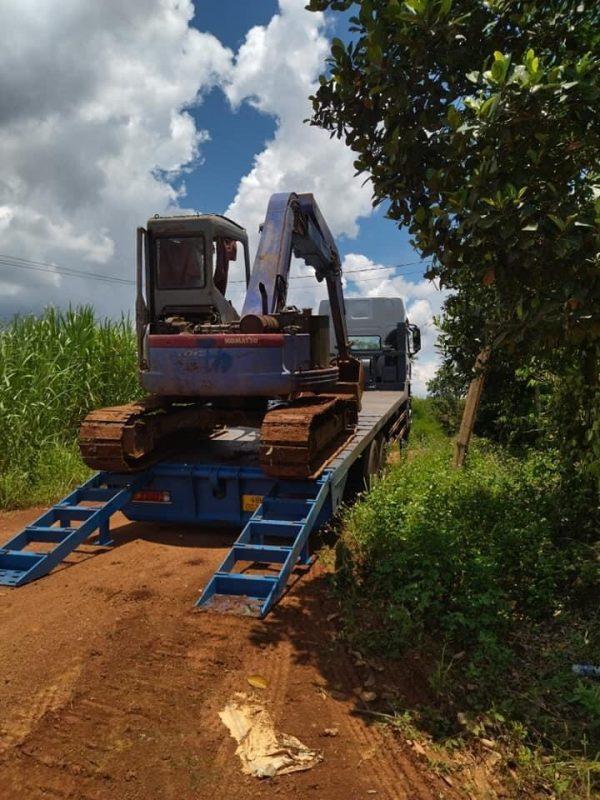 Xe Chenglong 6x4 2 Cầu Nâng đầu Chở Máy Và Thiết Bị Công Trình