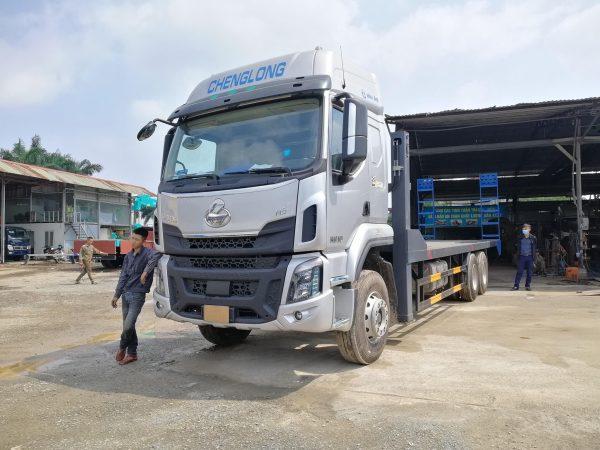 Xe Chenglong 6x4 2 Cầu Nâng đầu Chở Máy Và Thiết Bị Công Trình 8