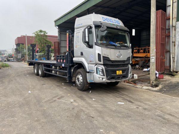 Xe Chenglong 6x4 2 Cầu Nâng đầu Chở Máy Và Thiết Bị Công Trình 9